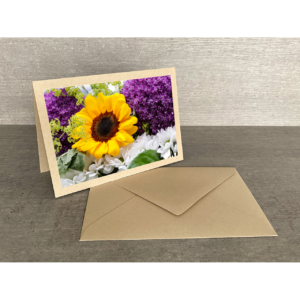 Vorderseite-Sonnenblume mit Zierlauch